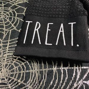 Rae Dunn Other - Rae Dunn trick treat kitchen towels